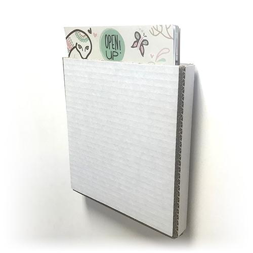 Lifesizers Small, de kleinste vorm Lifesizers met levensgrote foto uitgesneden als kartonnen bord
